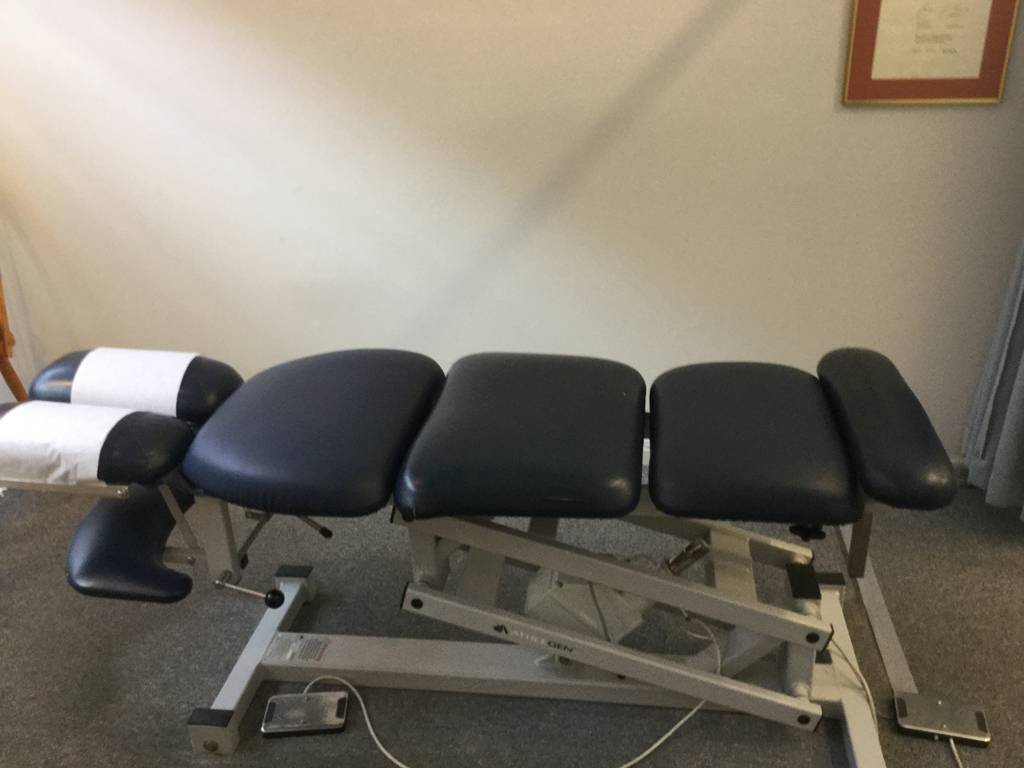 Nelson Bay Chiropractor-Grant Edwards - Doctors Find